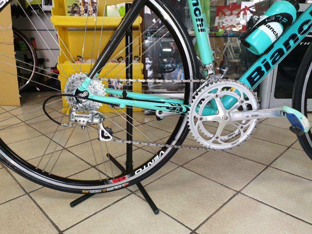bicicletta usata corsa bianchi